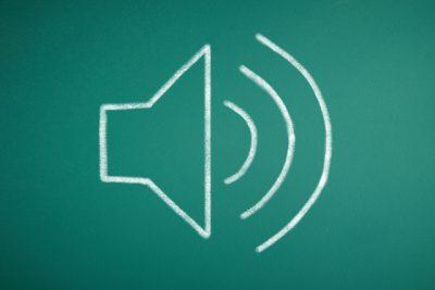 サイドボタンでは変わらない。iPhoneの【アラーム音量】を変えたいときの設定方法
